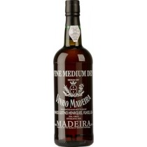 Justino's Madeira 3 years old Medium Dry 19° -